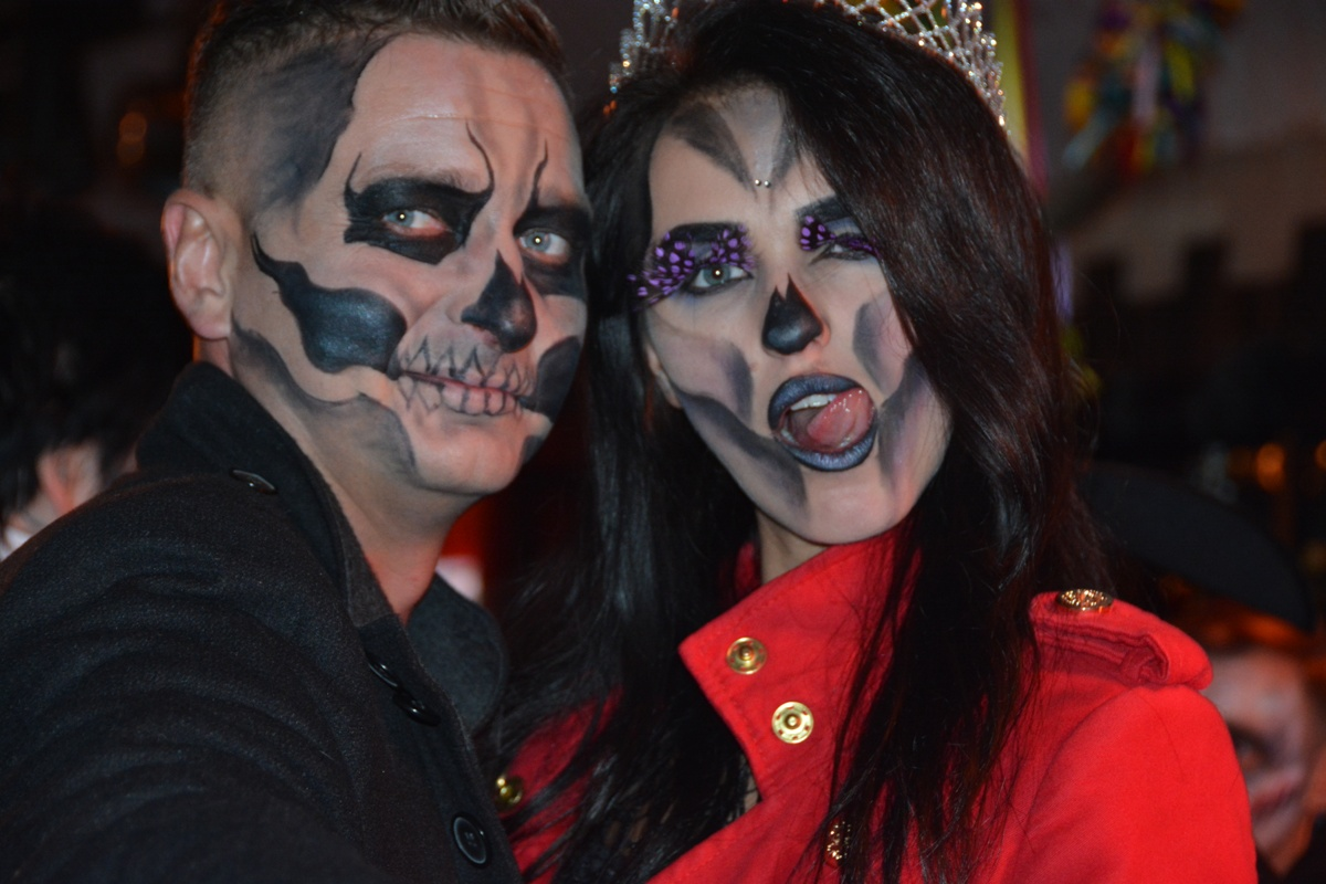 transylvania-dracula-tour-bran-halloween-party
