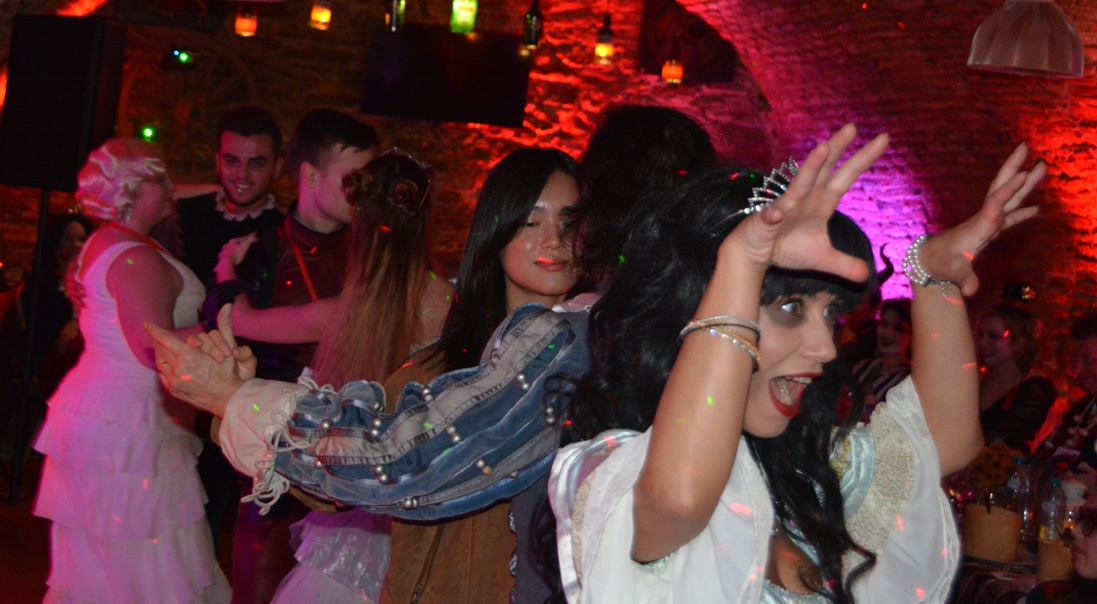 romania-escorted-tours-halloween-party